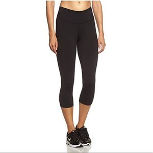 Nike High Rise Training Capri Leggings